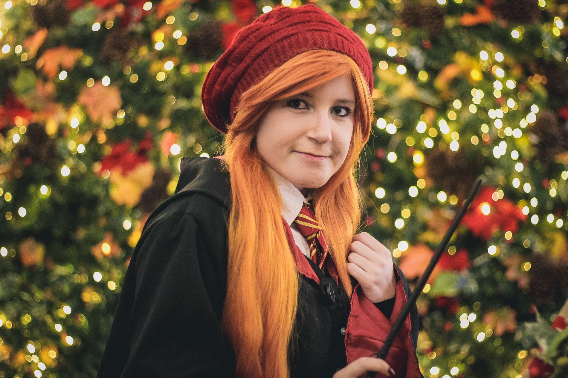 Ginny Weasley cosplayer